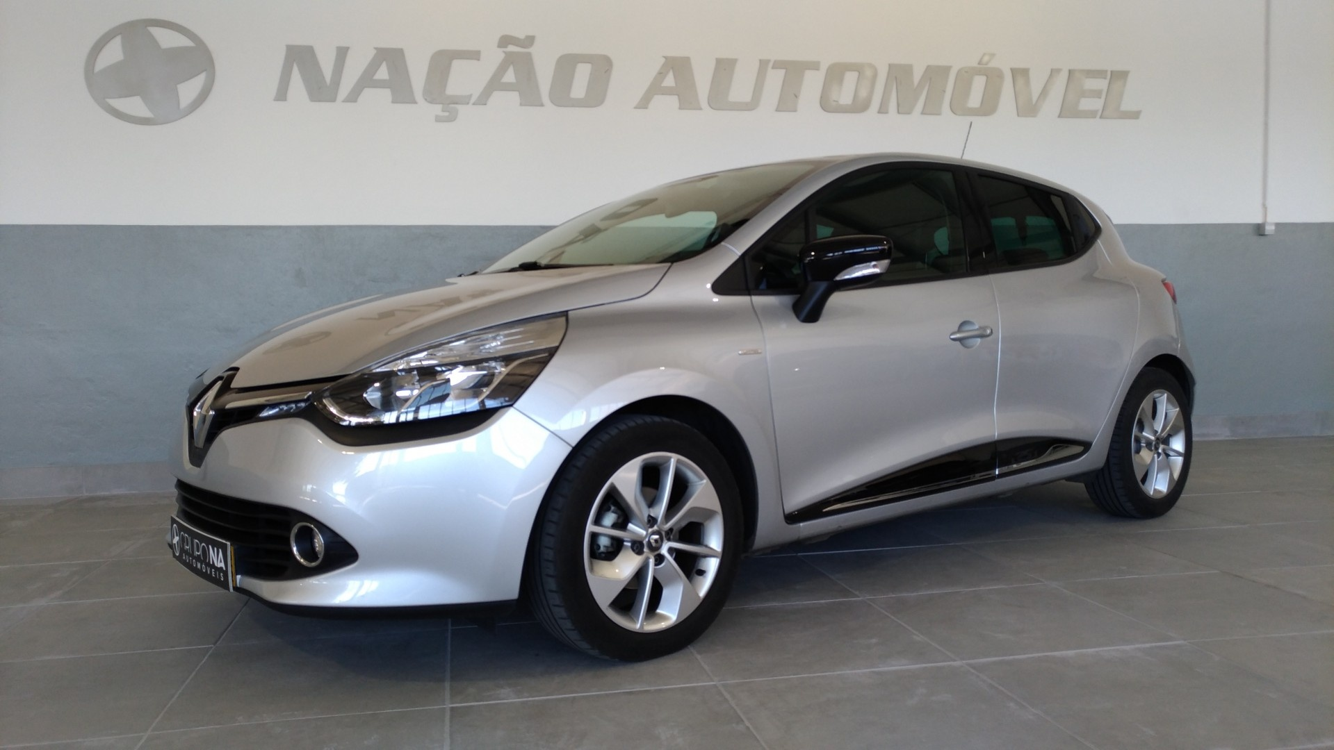 Renault Clio IV 1.5 Dci 90cv Energy 82g/km CO2 S. & S. Lmited Gps Plus 5 portas