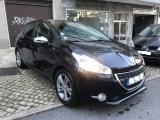 Peugeot 208 1.4 HDI Style - GPS - Nacional - 30.000 Km