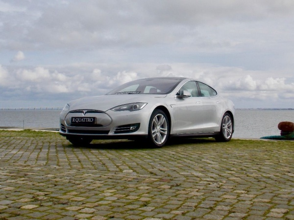 Tesla Model s 85 IVA DEDUTIVEL