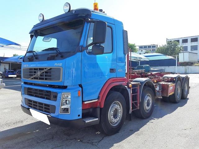 Volvo FM12 8x4 420CV