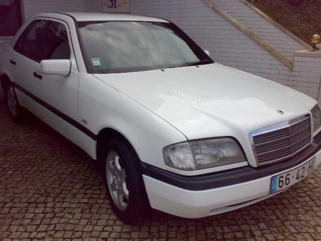 Mercedes-Benz C 200 D CLASSIC
