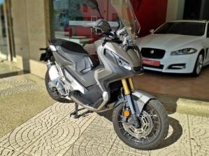 Honda X-adv Janeiro de 2018 (Peseiras Lightech) - Rebaixada