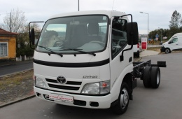 Toyota Dyna M35/25 // 144 CV