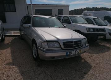 Mercedes-Benz 220 2.2 CDI