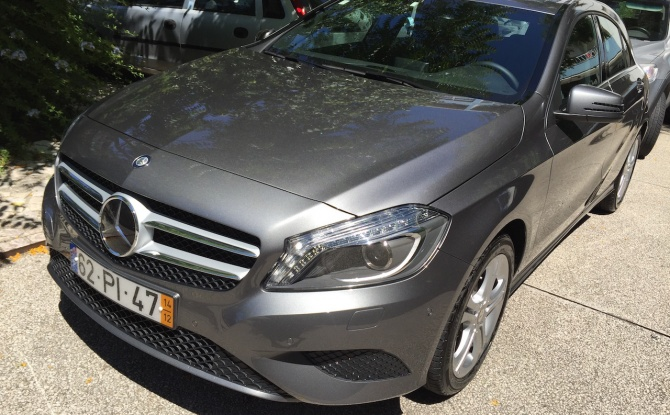 Mercedes-Benz A 180 Urban Pack Conf. + Tec. Aut