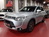 Mitsubishi Outlander PHEV 4WD Instyle Navi+
