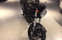 Ducati Monster  595