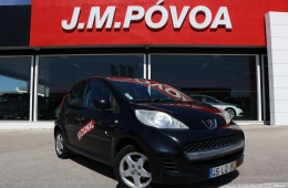 Peugeot 107 1.0 Black & Silver